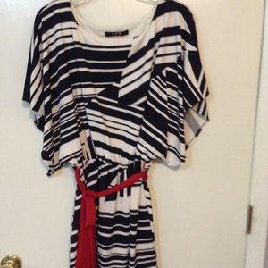 "JFW ""JUST FOR WRAPS"" BLACK & WHITE PRINT DRESS.XL"